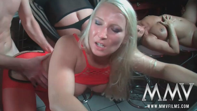 Novice Orgy