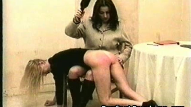 Lady On Lady Extraordinary Smacking Sequence