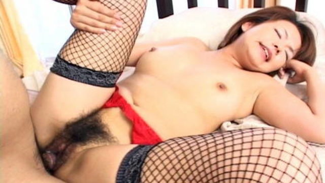 Rio Kurusu Offers Scorching Blowjob And Is Fucked