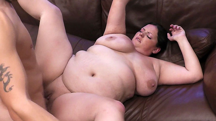 Bbw Ultra-cutie Snapped And Plumbed