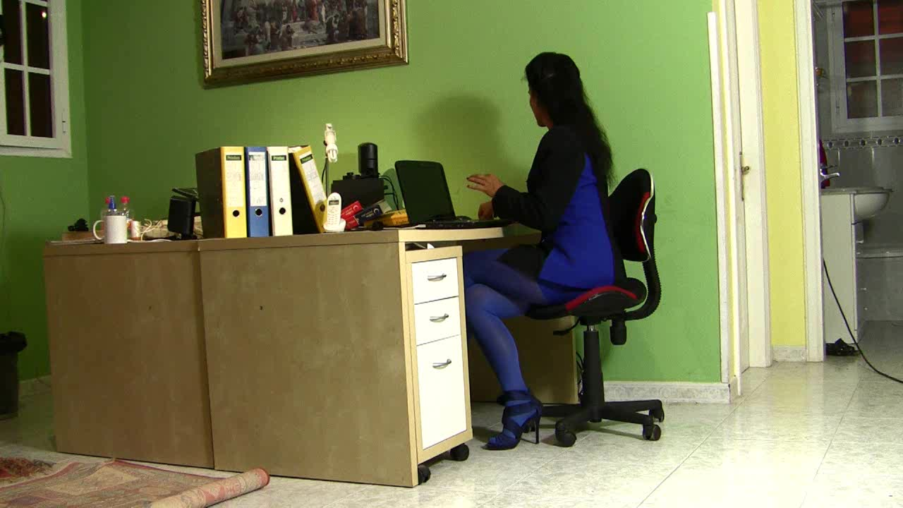 Cougar Within The Place Of Job In Wonderful Sundress Blue
