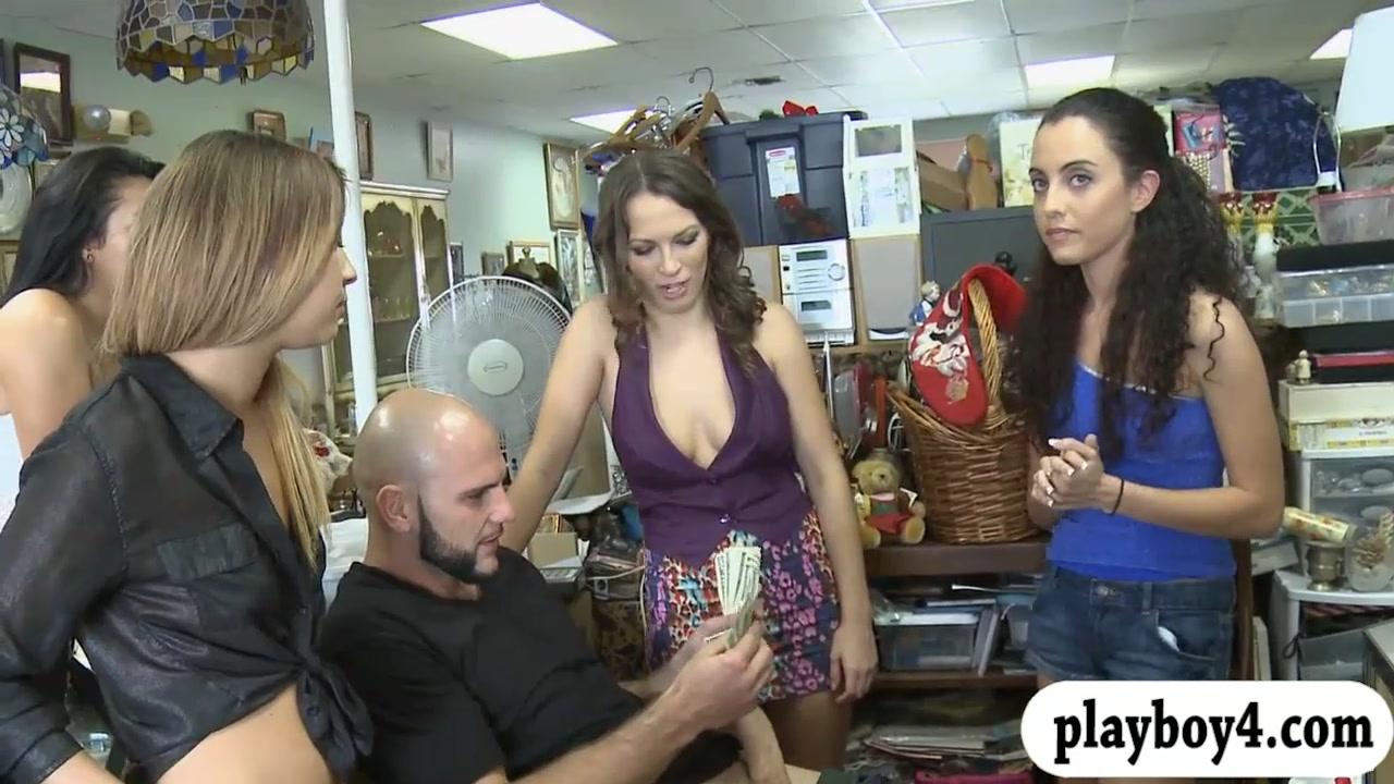 3 Femmes Sharing On Jizz-shotgun For Cash