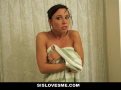 Sislovesme – Instructing My Nerdy Step Step-sister To Enjoy My Hard-on