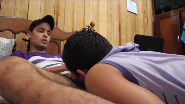 Homosexual Mexican Guy Deepthroating Ambidextrous Latino